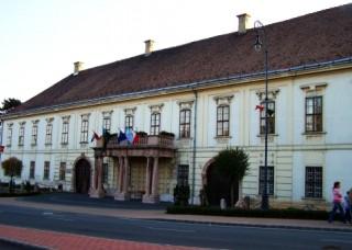 Értesítés a polgármesteri hivatal zárva tartásáról